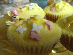 fluttershy cupcakes